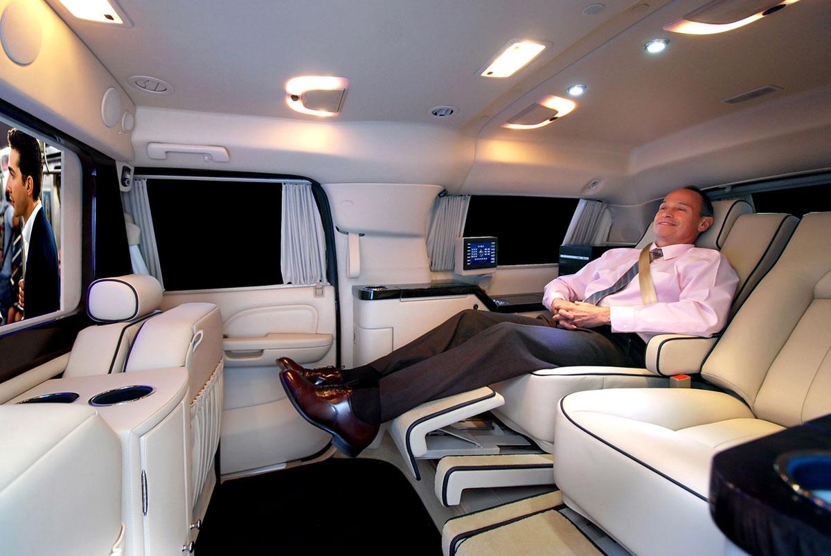 Cadillac escalade esv custom interior for Cadillac escalade custom interior